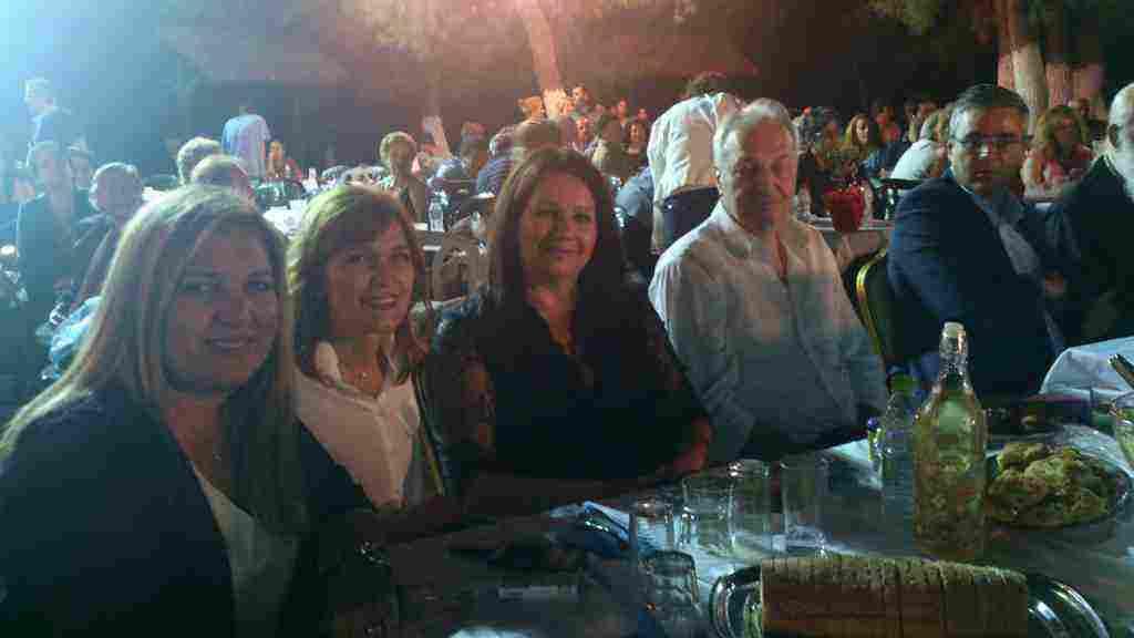 Εκλεκτές παρουσίες από αριστερά η Αντιδήμαρχος Οινοφύτων κ. Γωγώ Καμπιώτου-Λιάπη, η Αντιδήμαρχος Τανάγρας κ. Μαρία Νίκα με την Δήμαρχο Μάνδρας-Ειδυλλίας κ. Ιωάννα Κριεκούκη και ο Βουλευτής Βοιωτίας κ. Ευάγγελος Μπασιάκος με τον Δήμαρχο Τανάγρας κ. Βασίλη Περγάλια