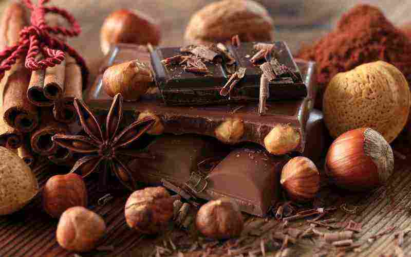 black-chocolate-and-nuts