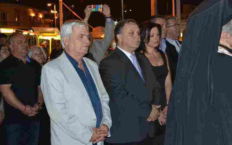 Ο Δήμαρχος Ωρωπού κ. Θωμάς Ρούσσης με τη σύζυγο του, τον Πρόεδρο του Δημ. Συμβ. κ. Σ. Γκικάκη και τον Πρόεδρο της ΚΕΔΩ κ. Στέφανο Δάβρη