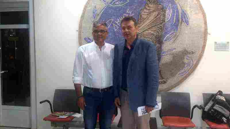 Ο Δήμαρχος Τανάγρας κ. Β. Περγάλιας με τον Δήμαρχο Στυλίδας κ. Απ. Γκλέτσο